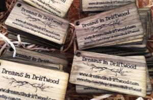 Wooden tags black frake