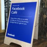 Facebook Cafe a frame